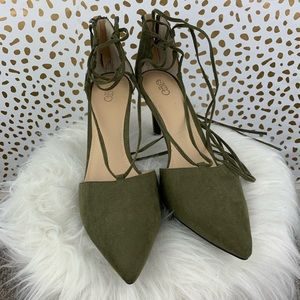 NWT* Cato | Olive Green Pointed Lace Up Heels Sz 9